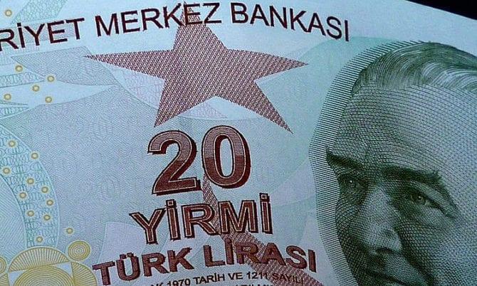 Türkei: US-Agentur Fitch setzt Bonität auf BB- hinunter