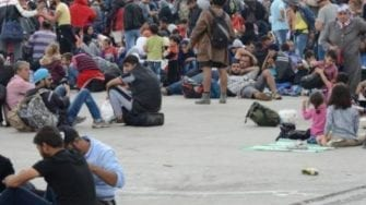 Austrian Government Halves Number Of Asylum Seekers