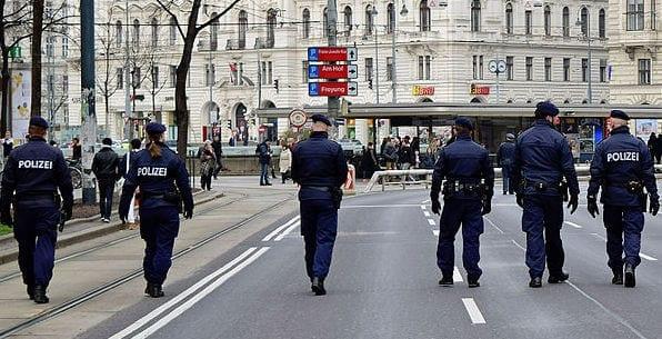 Die Polizei. Mehr als ein beruf - Werbekampagne
