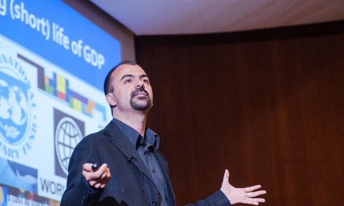 Lorenzo Fioramonti