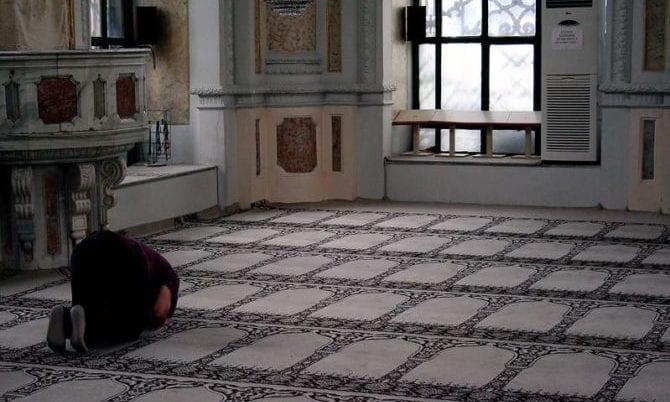 Muslim betet