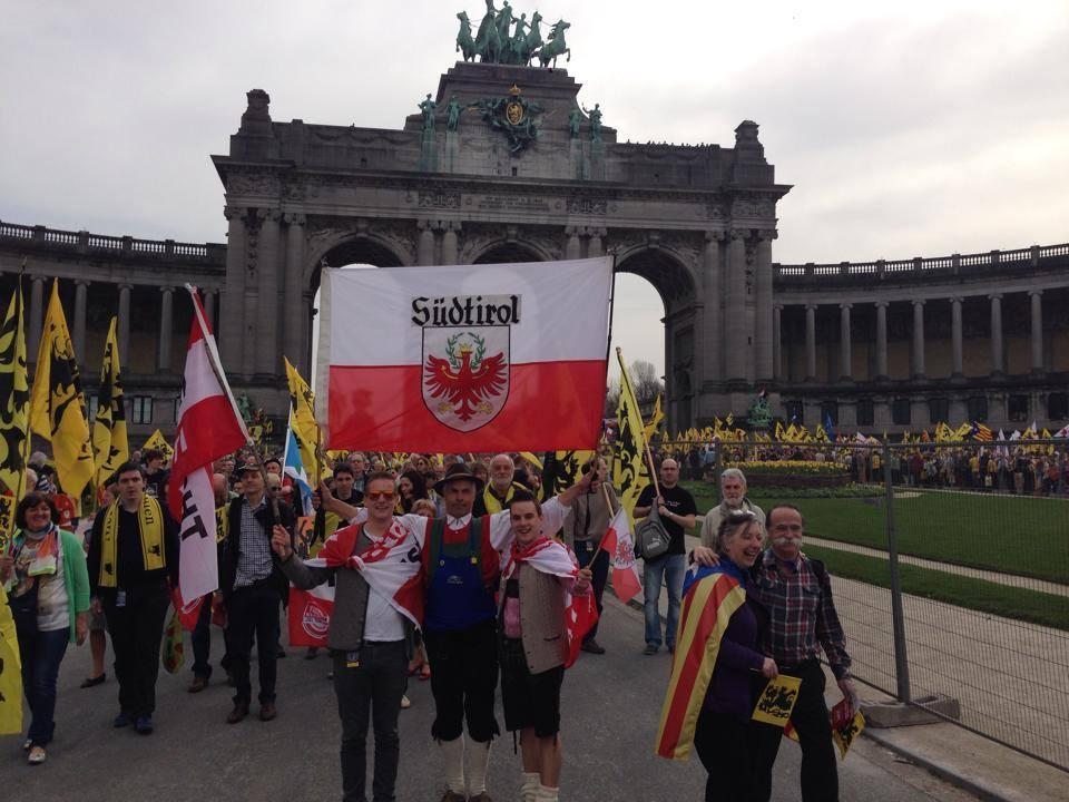 Südtiroler, Venetianer und Katalanen in Brüssel