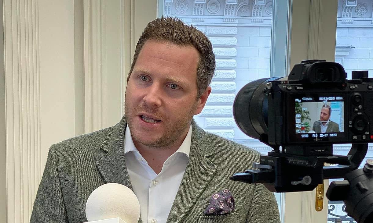 Totalversagen der Geheimdienste hat Nachspiel: FPÖ erstattet Anzeigen wegen Amtsmissbrauchs