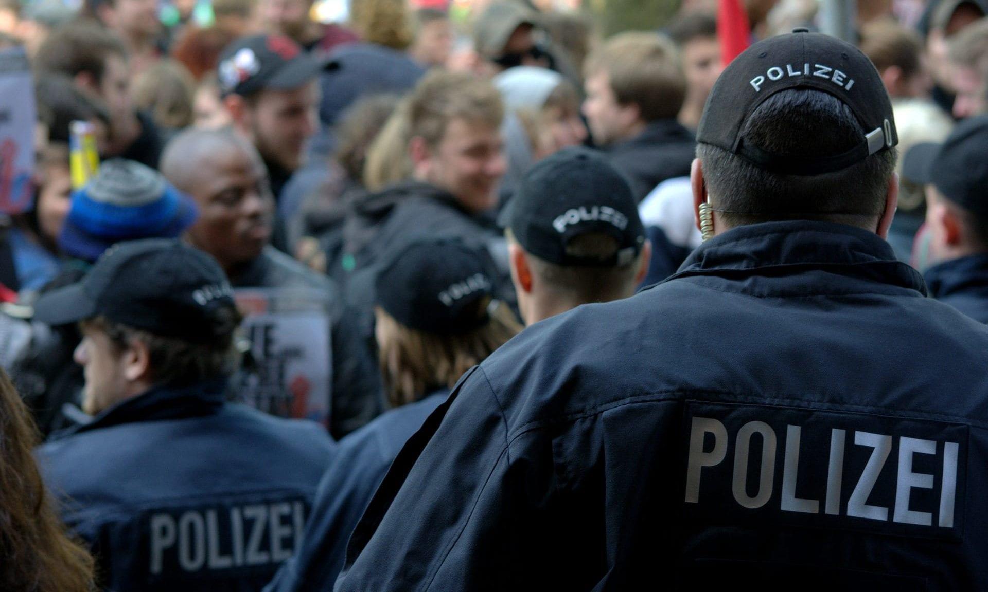 Demo / Polizei