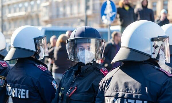 Polizei auf Corona-Demo