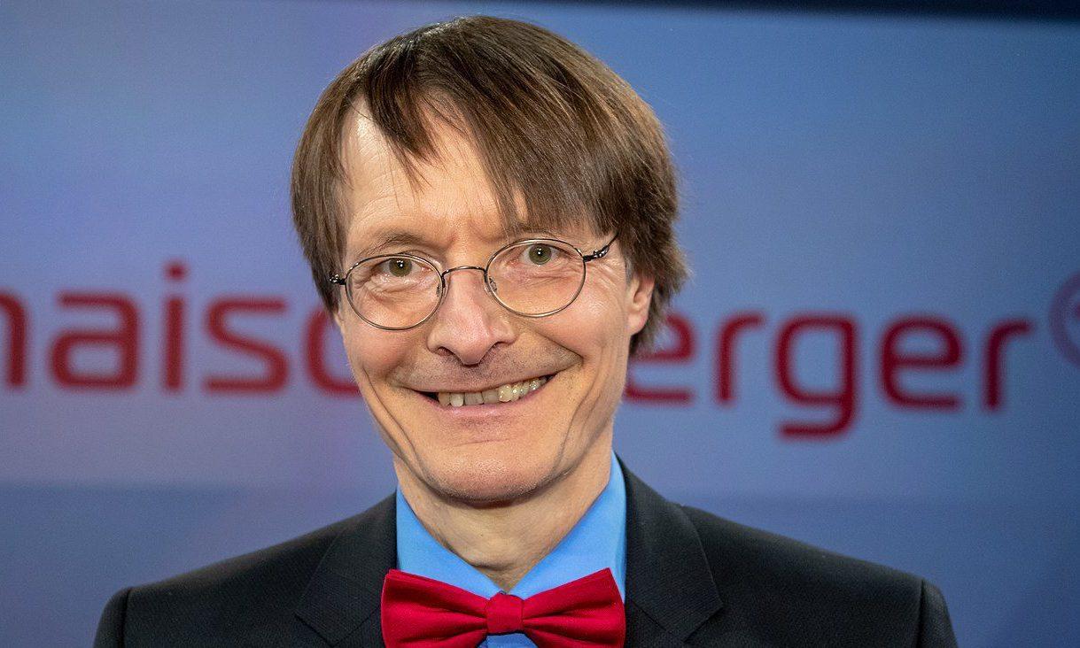 SPD-Moralapostel Lauterbach mit Telefon am Steuer erwischt
