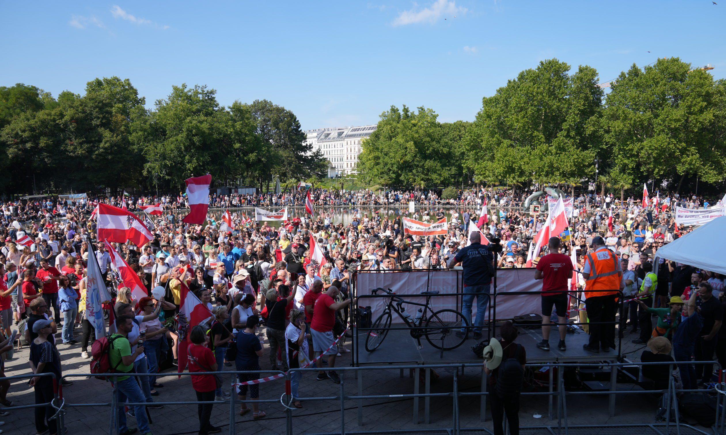 Coreona-Demo Wien 11.9.