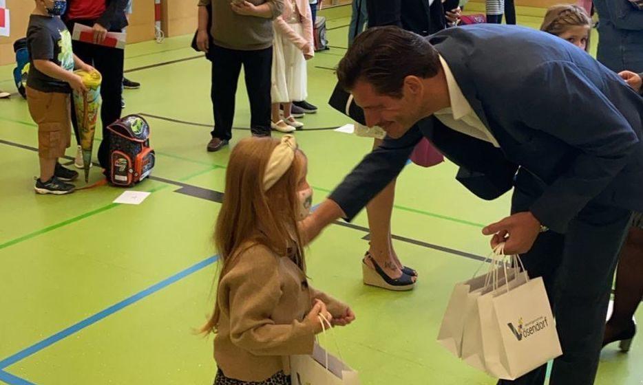 Hannes Koza : Schule : Maske